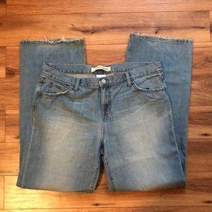 Gap straight leg boyfriend jeans